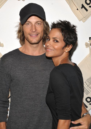 "Halle Berry & Gabriel Aubry Split; Jenna Says Tito Made A ""Mistake"""