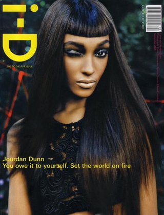 Jourdan Dunn Rules The Runway; Hairy Unibrows Give Us Nightmares