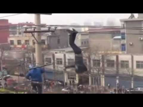 Click here to read Drunk Idiot Dangles Upside Down from Power Cables