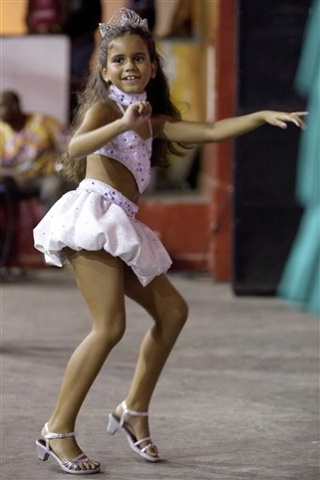 "Carnival Queen Prompts Debate On Sexualizing Kids • Man ""Waterboards"" 4-Year-Old Daughter"