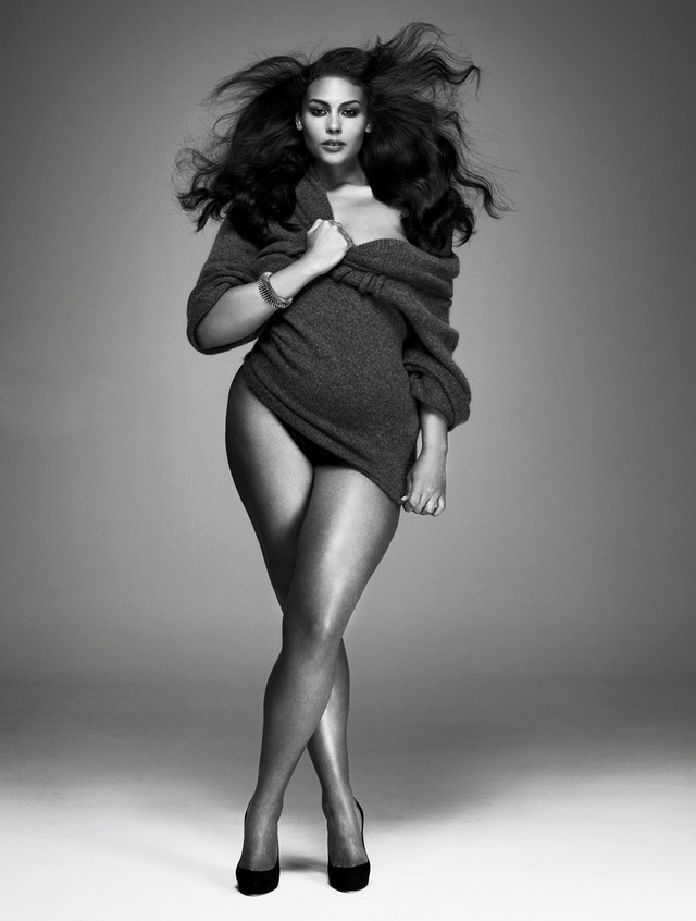 V Gives The World A Plus-Size Shoot Not Afraid To Flaunt Its Curves