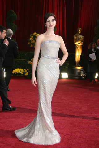 Good Witches' Brew: Best Red Carpet Outfits Of 2009