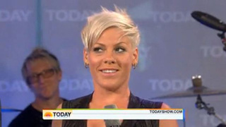 "Pink: ""Kanye West Is An Idiot, A Waste, And A Toolbox"""