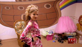 Toddlers & Tiaras: Was This 10-Year-Old's Bra Stuffed?