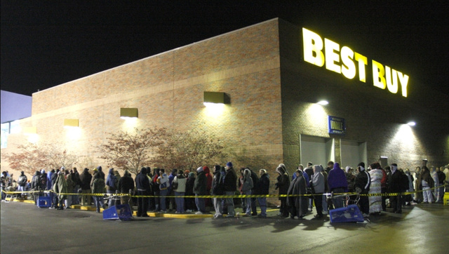 Holiday Shoppers Face 'Black Midnight' in Retail Hell