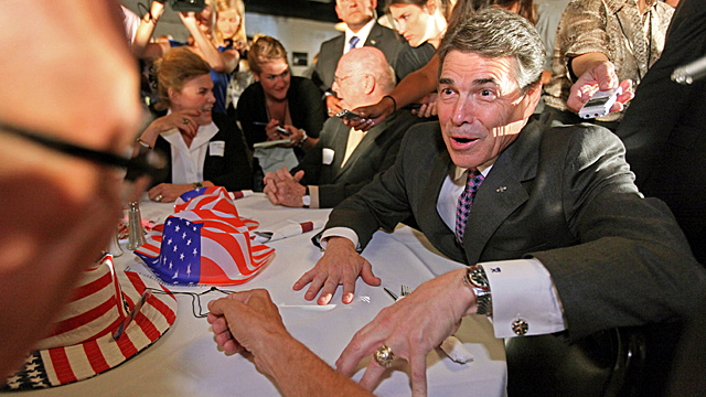 Does Rick Perry Wear Too Much Jewelry?