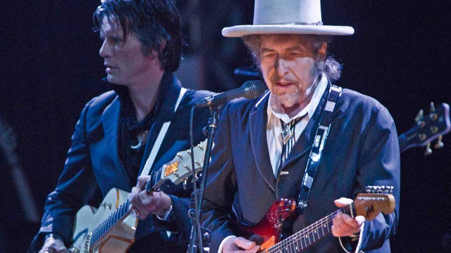 Man Charged for Singing Bob Dylan to Ex-Girlfriend
