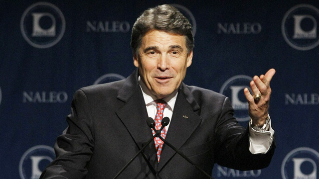 Hispanics Don't Care for Rick Perry's 'Jose Cuervo' Kneeslapper