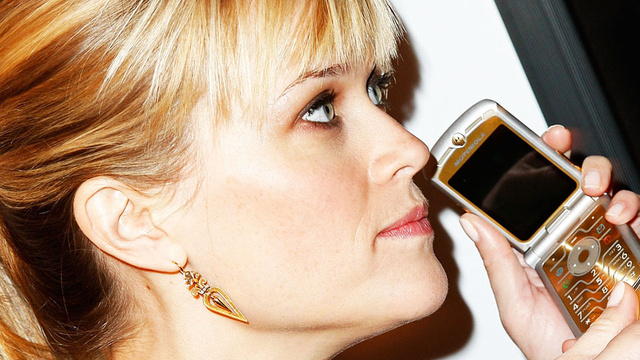 Reese Witherspoon's Advice for Sexting Starlets: 'Hide Your Face'