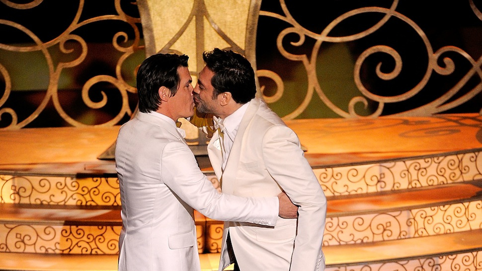 Seeing Javier Bardem and Josh Brolin Kiss Would Have Saved the Oscars