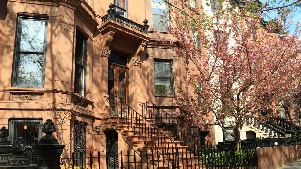 Brownstone Brooklynites Absolutely Terrified of Hip-Hop Music