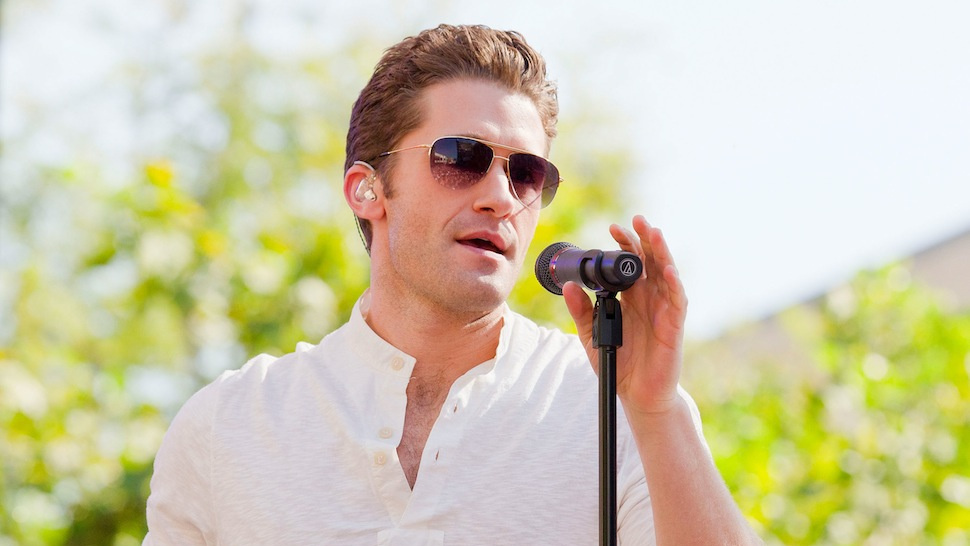 Matthew Morrison Wants to Do You on a Roof