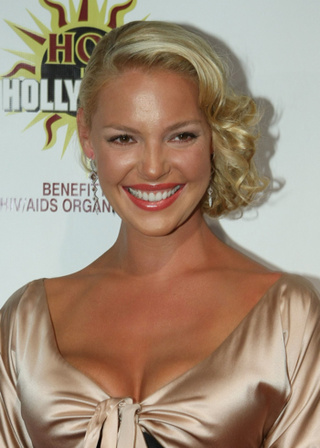 Katherine Heigl Rescues Film from Reese Witherspoon's Shriveled Grasp