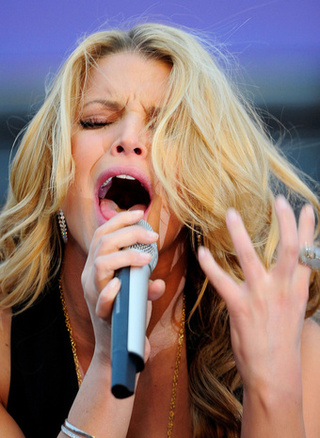 Jessica Simpson's Mental Stability Even More Fragile