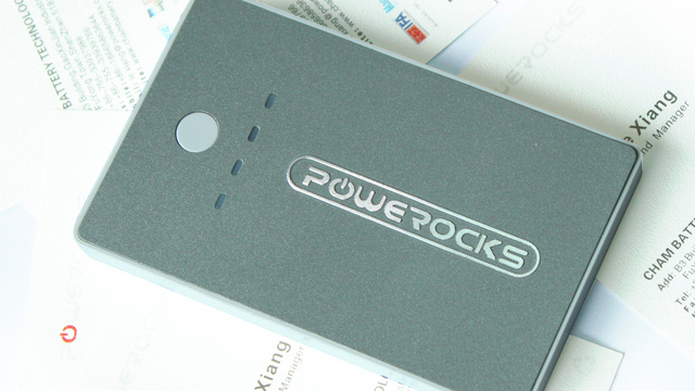 This Credit Card Sized Backup Battery Is a Different Kind of Charge Card
