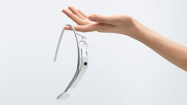 Google Glass reached $95,000 on Ebay before getting removed