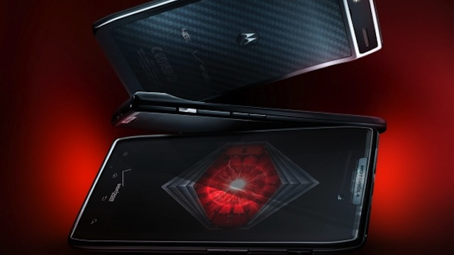 Oh God the Motorola RAZR Is Back (with Android on Board)