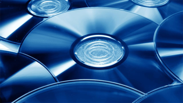 Britain to Let Its Residents Legally Copy a CD or DVD