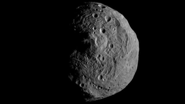 First Image of Asteroid Vesta Captured From Its Orbit