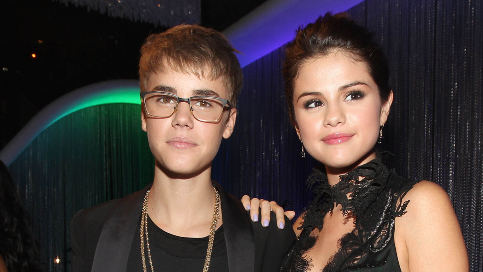 Is justin bieber dating selena gomez yahoo answers