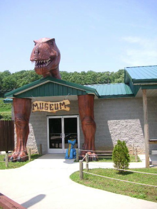 Behold: America's most ridiculous roadside dinosaurs