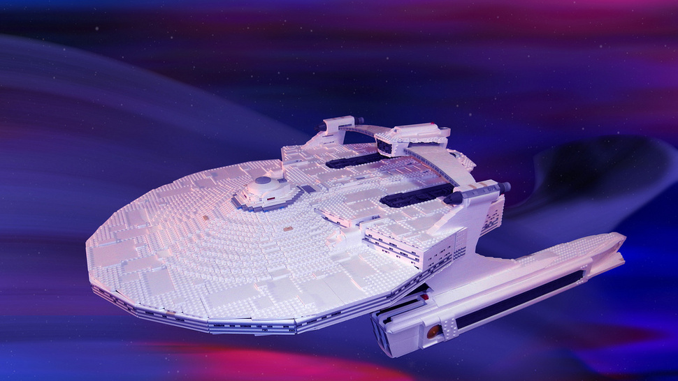 <em>Star Trek</em>'s USS Reliant in 10,000+ LEGO bricks (Ceti eels not included)