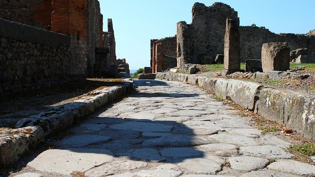The bizarre story of where ancient Pompeii put its trash
