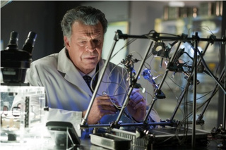 Fringe 4.08 Photos