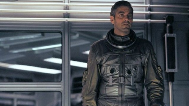 "Is this the synopsis for Alfonso Cuarón's ""Spaceman George Clooney"" flick Gravity?"