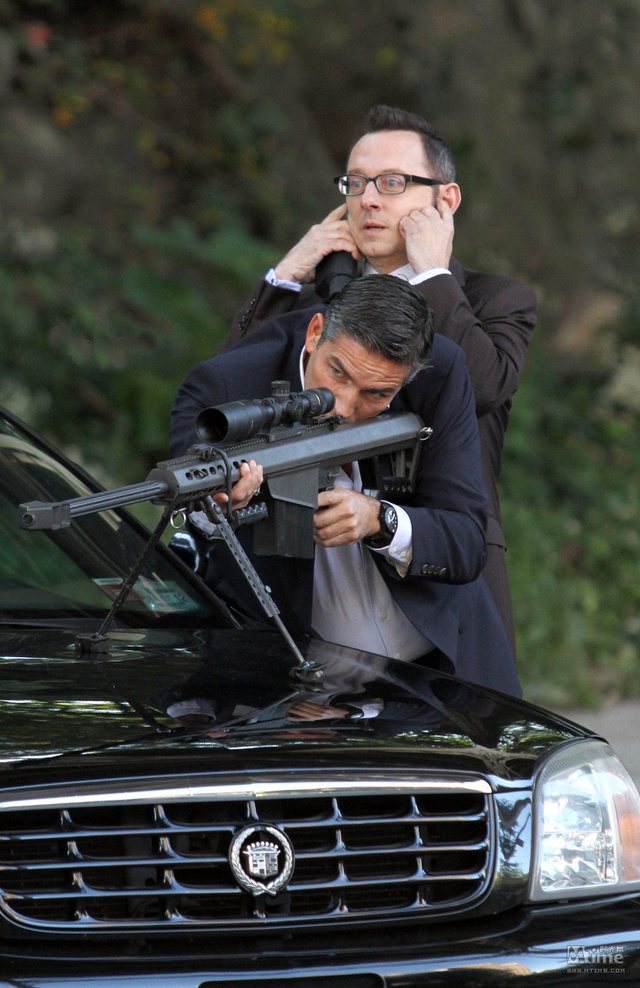 Why Person of Interest is a Superhero Show Done Right