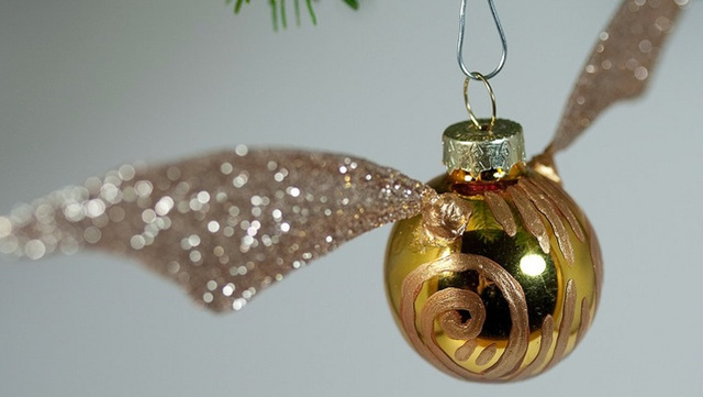 A tutorial on building your own Golden Snitch ornament