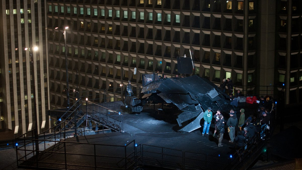 The Dark Knight Rises Rooftop Photos