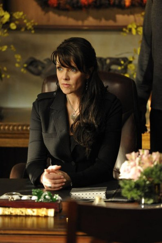 "Sanctuary 4x03, ""Untouchable"" Pictures"
