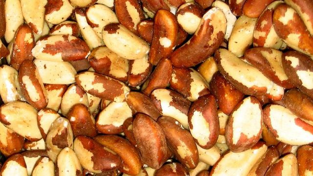 Woman nearly dies from allergic reaction to sexually-transmitted brazil nuts