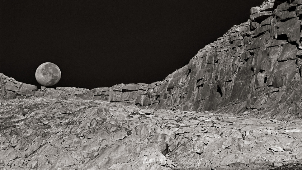 Peter Essick's jaw-dropping tribute to Ansel Adams gives us a stunning collection of landscapes and spacescapes