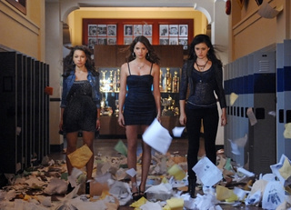 "More promo photos from The Secret Circle episode 1.03, ""Loner"""