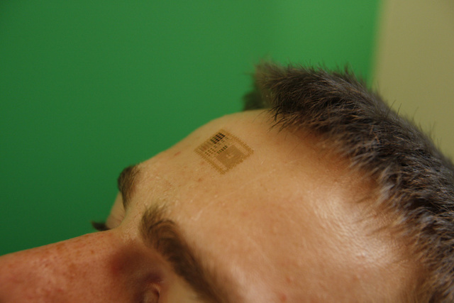 Breakthrough: Electronic circuits that are integrated with your skin