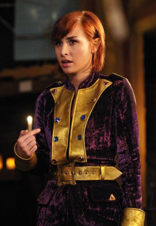 "Warehouse 13 3x06, ""Don't Hate the Player"" Pictures"