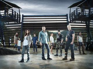 Terra Nova cast promo photos