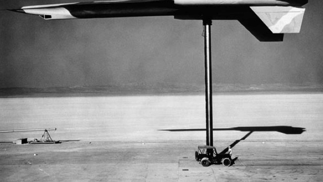 How the USSR used hot asphalt to find an American spy plane