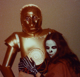 Amazing DIY C-3PO Costume from 1977