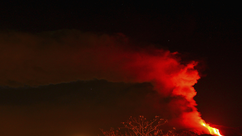 The fury of Mount Etna reawakened