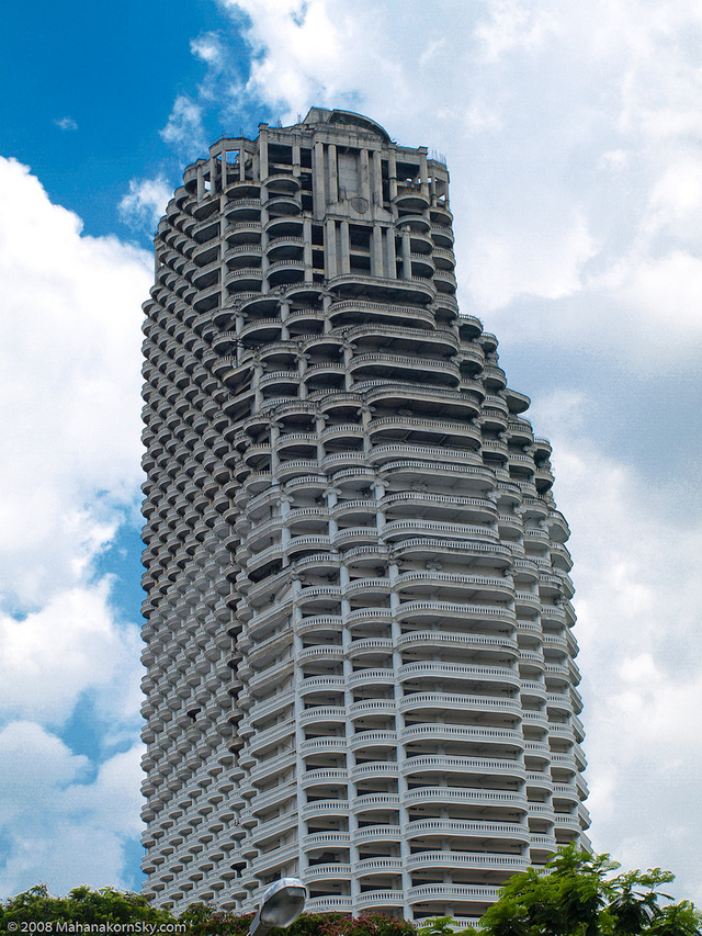 Bangkok's Sathorn Unique abandoned skyscraper: the supervillain HQ of your dreams