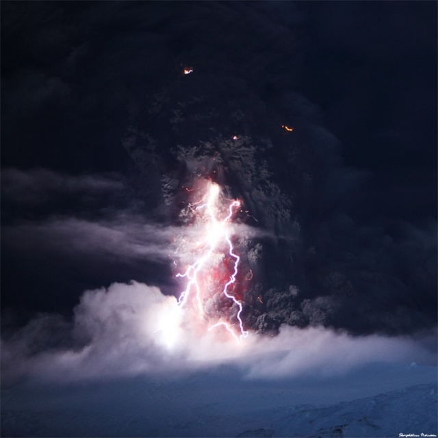 Eyjafjallajökull Rains Lightning Upon You