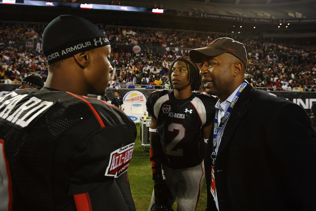 Source Tells ESPN That Cris Carter's Son Will Sign With The Vik…