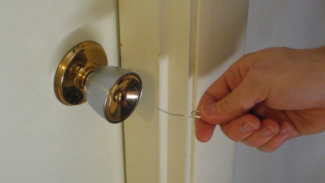 Open Simple Household Locks With A Paper Clip Lifehacker