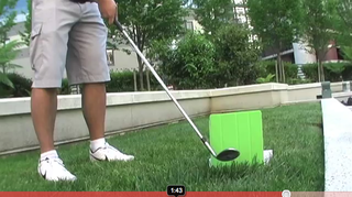 Here's What Happens When You Hit a Smart Covered iPad 2 With a Golf Club