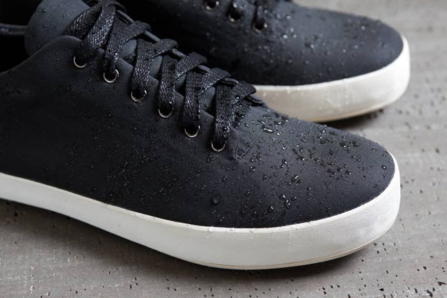 A Weather-Proof Sneaker for the Discerning Bike Commuter
