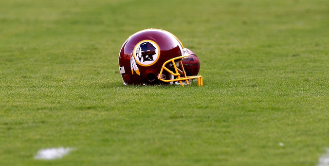 This Editorial Defending The Redskins' Name Is Just So Goddamn …