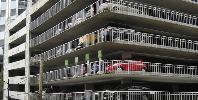 Parking Garage Car Detector Sparks Privacy Panic